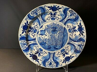 A Large 18th Century Blue And White Delft Ware Charger Lot 7 • 225£