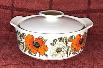 J & G Meakin Studio Poppy Pattern Tureen • 5£