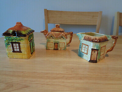 Three Pieces Of Vintage Keele Street Pottery, Cottage Ware, Staffordshire • 3£