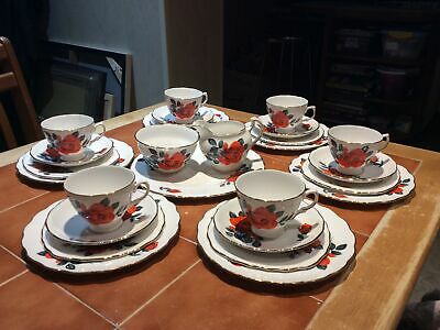 Vintage Royal Vale Bright Red Teaset • 19.99£