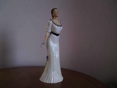 Rare Hand Painted Renaissance English Fine Bone China  GRACE  Sculptor Signed • 45£