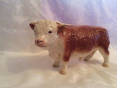 BEAUTIFUL LARGE VINTAGE POTTERY BULL  - With  MAKERS MARK . • 25£