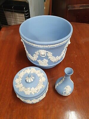 Wedgwood X 3 Jasper Ware Blue White Small Vase Lidded Trinket Pot And Small Pot • 9.99£