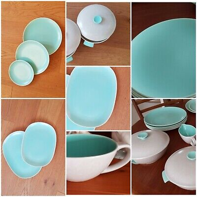Lovely Retro Poole Pottery Part Dinner Service Twintone Ice Green And Seagull  • 100£