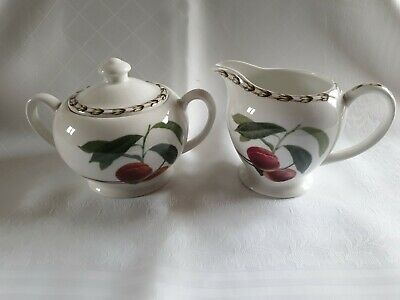 Queens RHS Hookers Fruit Fine Bone China Milk Jug And Covered Sugar Dish • 4.10£