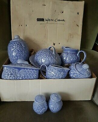 A Collection Of Wade Pottery • 19£