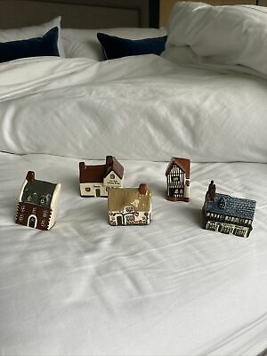 Mudlen End Studio Pottery Houses & Shops (great Condition). • 30£