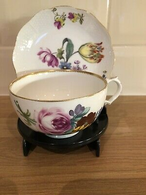 Antique Cup & Saucer & Display Stand  • 10£