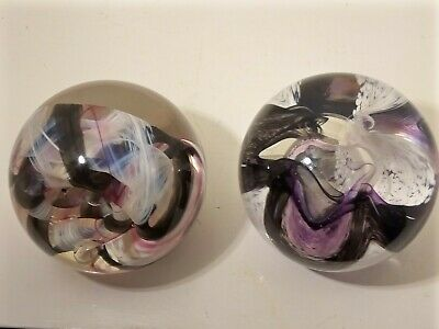 A Lovely Pair Of Caithness Paperweights - Extravaganza & Ribbons • 29.95£