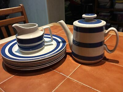 Vintage Staffordshire Ironstoe Chef Cordon Bleur Teapot And Plates • 9.99£