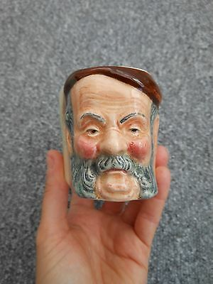 Pottery Ceramic Pipe Holder Decorated With An Old Man's Face • 22£