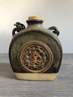 Tremar Pottery Flask • 8£