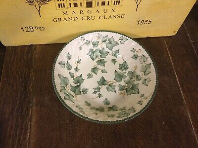 BHS Country Vine Pattern Large Serving Bowl • 17.99£