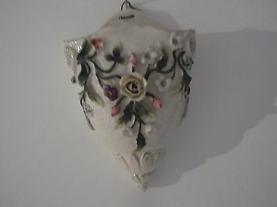 Wall Pocket Vase Vintage Edwardian Cream Basket, Leaves And Flowers In Relief • 25£