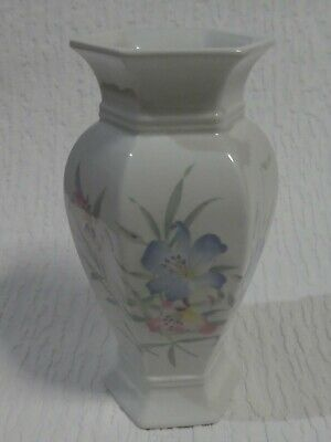 Royal Winton Fine Ceramic 6 Sided Floral Vase Staffordshire England • 10£