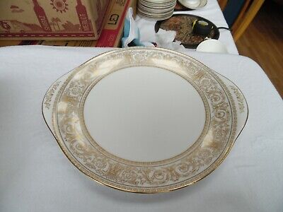 Royal Doulton Bread And Butter Plate - Sovereign • 15£
