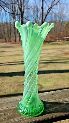 Rare 1907 Dugan Green Opalescent Spiralex Vase 11  Tall • 40.47£