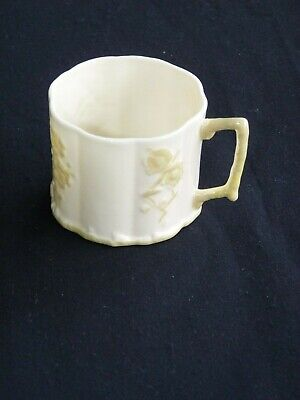 BELLEEK. THORN 2 1/2  Dia MUG. 2GM. 1955 - 1965 • 18£