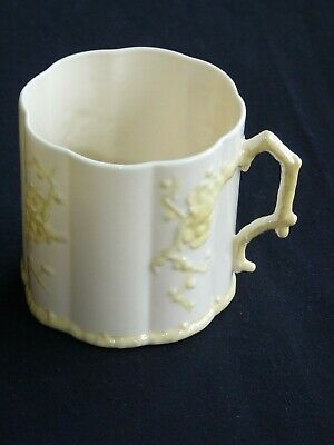 BELLEEK. THORN 3 1/4  Dia MUG. 3GM. 1965 - 1980 • 15£