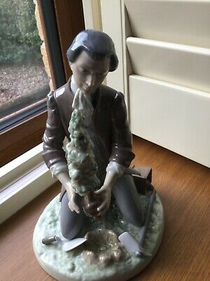 Lladro 5733 The Horticulturist With Box • 139£