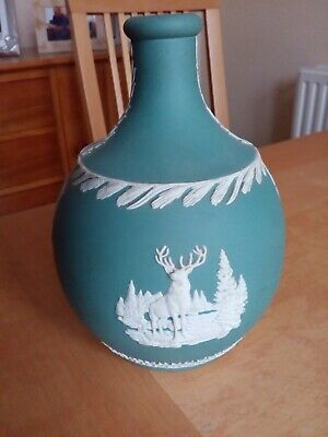 Wedgwood  Blue And White Jasperware Glenfiddich Decanter Without Stopper • 22.50£