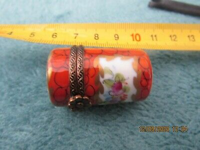 Antique Limoges Pill Box Floral Design Cylindrical  • 5£
