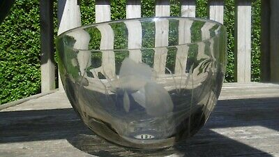 Vintage Art Glass Etched Bowl Swedish ? Lovely Thing • 1£