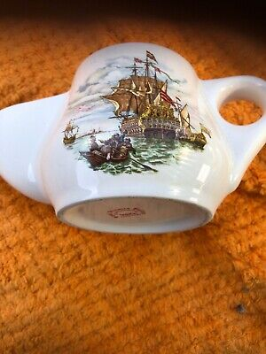 Wade Royal Victoria Pottery Shaving Jug Ship Decoration • 2.50£
