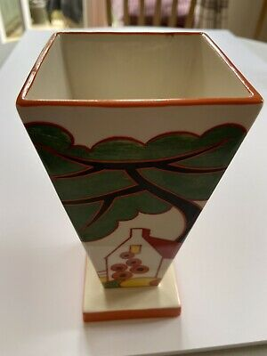 Clarice Cliff Red Roof Cottage Vase. • 46£