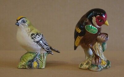 ### Two Vintage Beswick Birds - Goldfinch And Goldcrest ### • 18£