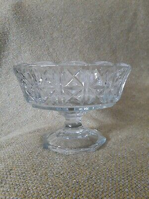 Vintage Pressed Crystal Cut Glass Pedestal Candy Fruit Bowl With Scalloped Edge  • 3.50£