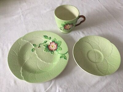 Carlton Ware Australian Design Green Wild Rose  Trio • 14£