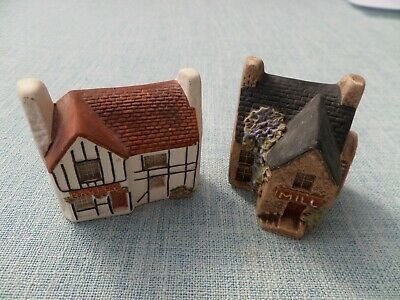 Two Philip Laureston Miniature Houses Bakery 705 / Mill 701. • 8.50£