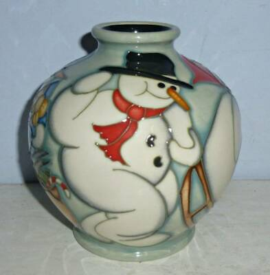 Wonderful MOORCROFT Collectors Club CHRISTMAS SNOWMAN Vase By Kerry Goodwin 2008 • 225£