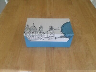 2 Boxed Poole Pottery Cites In Sketch London Mugs • 30£