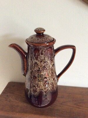 Fosters Pottery Coffee Pot • 15£