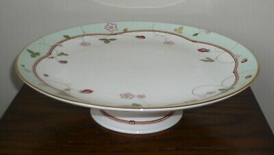 Wedgwood 'Wild Strawberry' 10¾  Comport With Green Border • 7.50£
