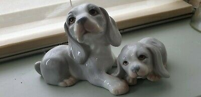 Lovely Lladro Style Figure Of Mother And Puppy • 6.99£
