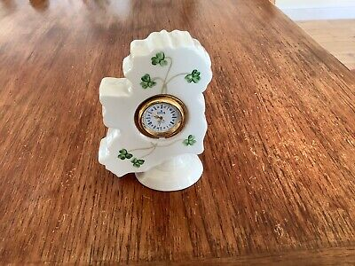 Donegal Parian China Clock • 6£