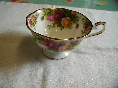 Royal Albert Old Country Roses Cup Avon Style • 5£
