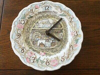 BRAMBLY HEDGE 8 Inch Wall Plate Clock. Harvest Mice. Jill Barklem 1989  • 16£