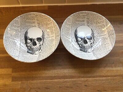 The Victorian English PoTrey - Halloween Skulls Large Cereal Bowls X 2 • 19.99£