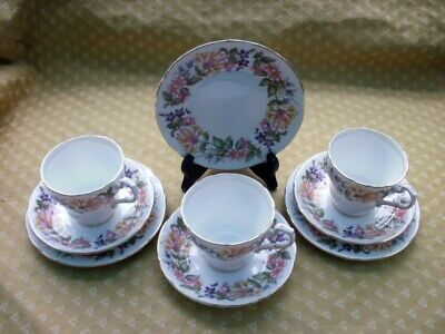 Paragon Country Lane Honeysuckle Pattern Trios  - 3 Cups, Saucers & Plates. • 12.99£