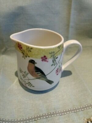 Queens China RHS Brookshaws Birds Milk Jug • 3.50£