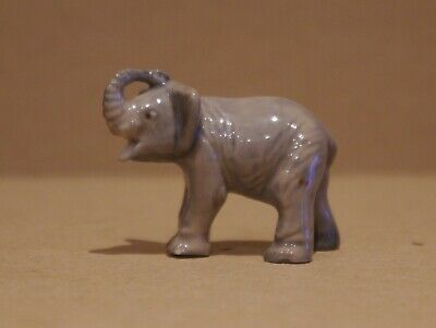 ### Vintage Wade First Issue Elephant ### • 12£