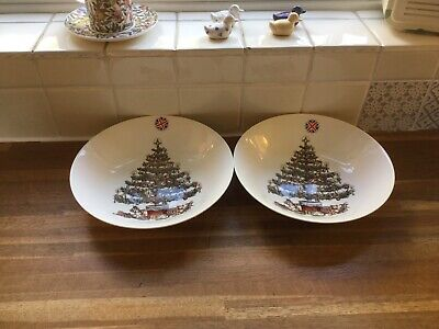Queen's Churchill Christmas Tree Soup/ Pasta Bowls X2. Brand New. • 17.99£