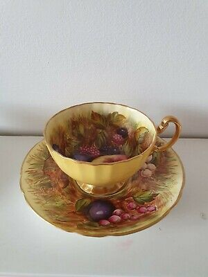 Vintage Aynsley Fruit Cup And Saucer Yellow • 79£