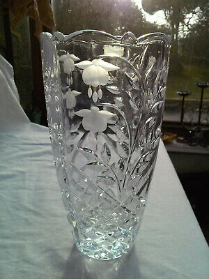 Large Hand Cut Lead Crystal Vase - Floral Decoration - High Quality • 27.95£