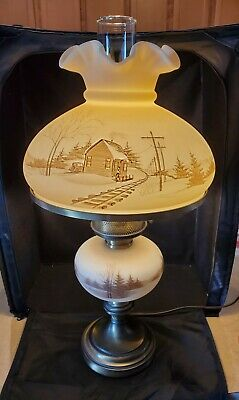 Fenton Art Glass Down By The Station Parlor Lamp - Railroad Tracks - Brass Base  • 303.88£