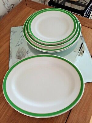 Queens Green Solian Ware 6 X Varoius Size Plates One Oval • 15£
